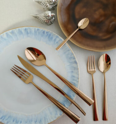 Cutipol | Duna, Copper | Dinner Fork; Dinner Knife; Table Spoon; Dessert Fork; Dessert Spoon; Teaspoon | Buy Online | Orpheu Decor