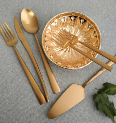Cutipol | Duna Cutlery Set, Matte Copper | Dinner Fork; Dinner Knife; Table Spoon; Pastry Fork; Dessert Fork | Buy Online | Orpheu Decor