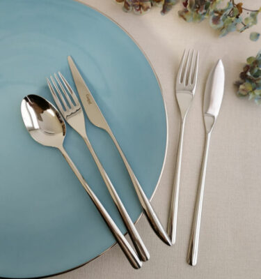 Cutipol | Icon Cutlery Set, Polished Steel | Table Spoon; Dinner Fork; Dinner Knife; Fish Fork; Fish Knife | Buy Online | Orpheu Decor
