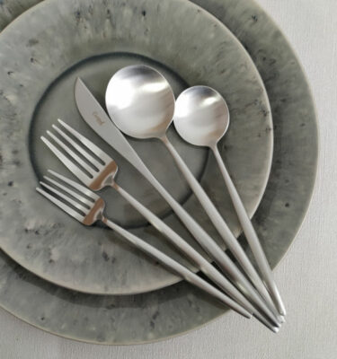 Cutipol | Moon Cutlery Set, Matte | Dessert Fork; Dinner Fork; Dinner Knife; Table Spoon; Dessert Spoon | Buy Online | Orpheu Decor