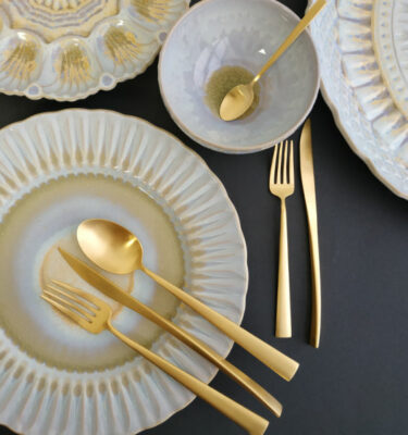 Cutipol | Duna, Matte Gold | Dinner Fork; Dinner Knife; Table Spoon; Dessert Fork; Dessert Knife | Buy Online | Orpheu Decor