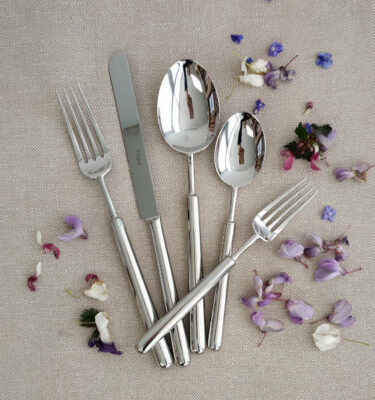 Cutipol | Bali, Polished Steel | Dinner Fork; Dinner Knife; Table Spoon; Dessert Spoon; Dessert Fork | Buy Online | Orpheu Decor