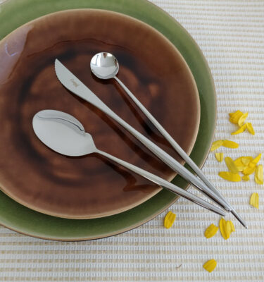 Cutipol | Moon, Polished Steel | Gourmet Spoon, Steak knife & Long Drink Spoon | Buy Online | Orpheu Decor