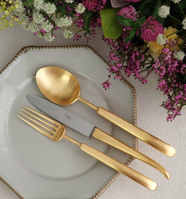 Cutipol | Carré, Matte Gold | Dinner Fork, Dinner Knife; Table Spoon | Buy Online | Portugal | Orpheu Decor