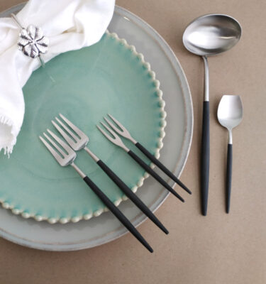 Cutipol | Goa Matte, Black Handle - Pastry Fork; Japonese Fork; Gravy Ladle; Sugar Spoon | Buy Online | Portugal | Orpheu Decor