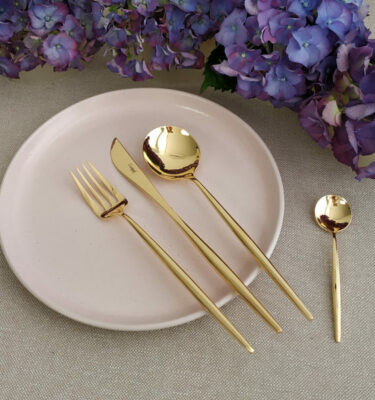 Cutipol | Moon Gold - Dinner Fork, Dinner Knife, Table Spoon, Teaspoon - Buy Online | Orpheu Decor