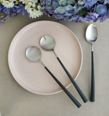 Cutipol | Noor, Matte - Black Handle - Salad Serving Set, Serving Spoon | Buy Online | OrpheuDecor
