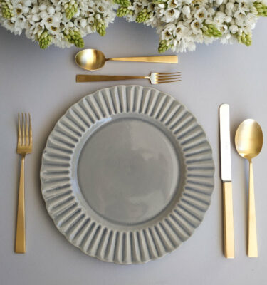 Buy Costa Nova Cristal Dinner Plate & Cutipol Bauhaus Matte Gold- Orpheu Decor